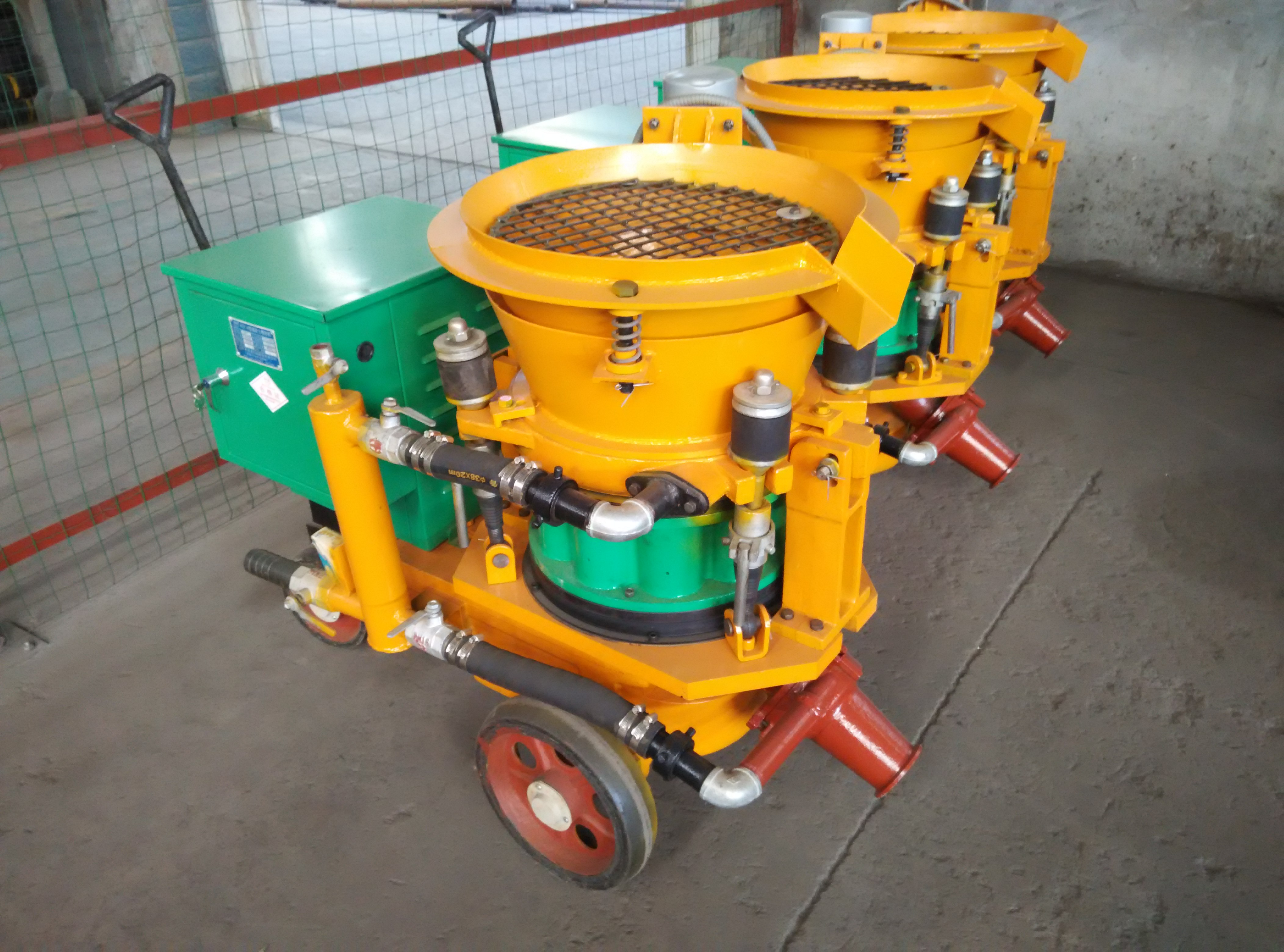 Advantages and Disadvantages of Rotary Gunite Machine